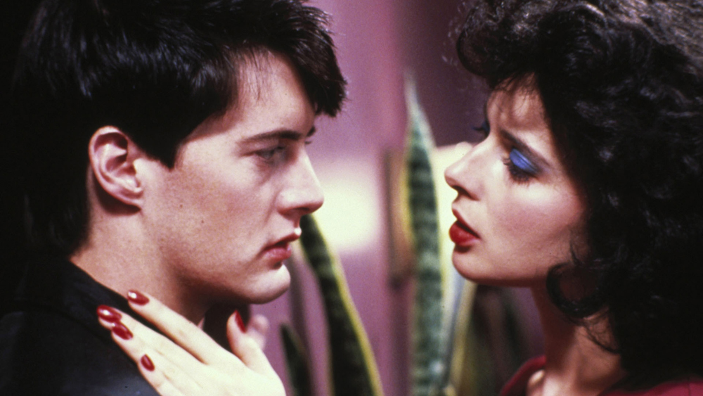 Kyle MacLachlan and Isabella Rossellini in Blue Velvet