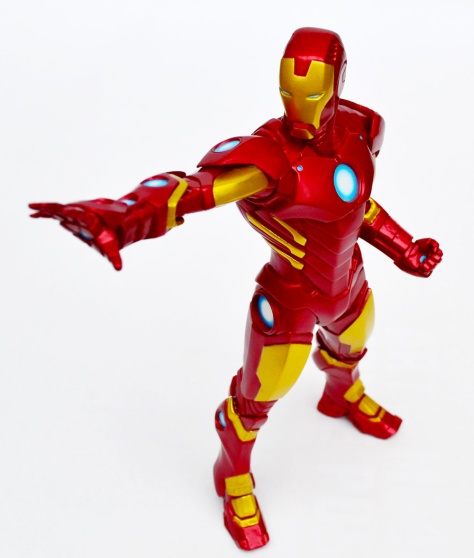 Kotobukiya's ARTFX+ Marvel Now! Iron Man statue 2