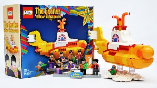 lego-yellow-submarine-box