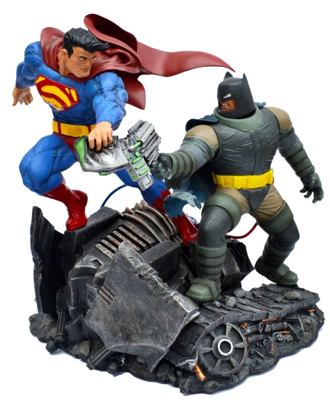 superman-and-batman-statue