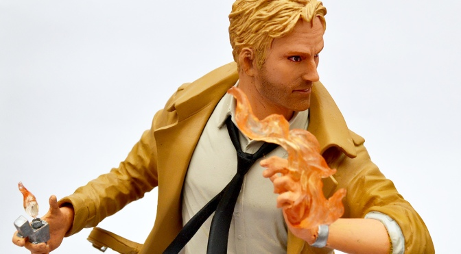Constantine statue by DC Collectibles